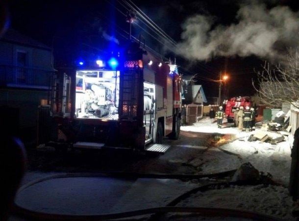 На Киевщине двое мужчин сгорели в гараже, фото-1