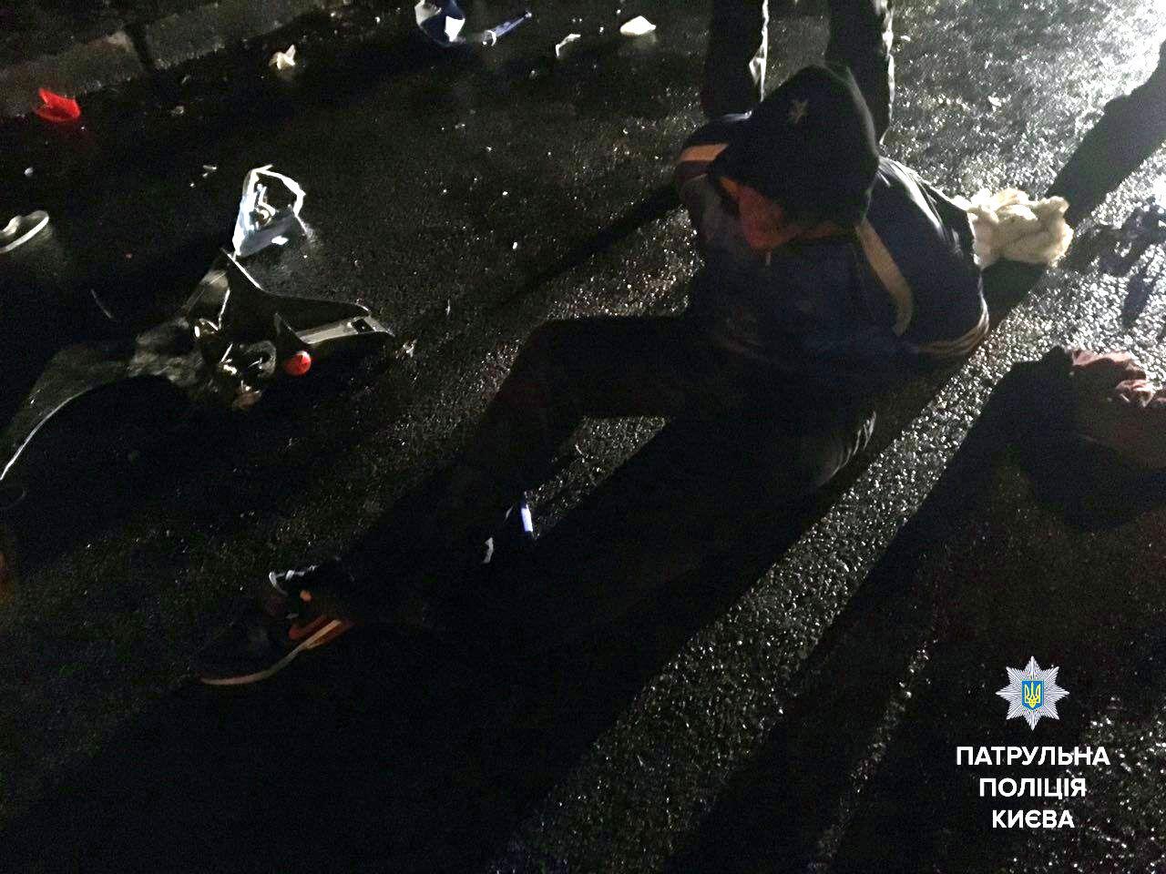ВКиеве выпивший мотоциклист грозил поджечь себя ипатрульных
