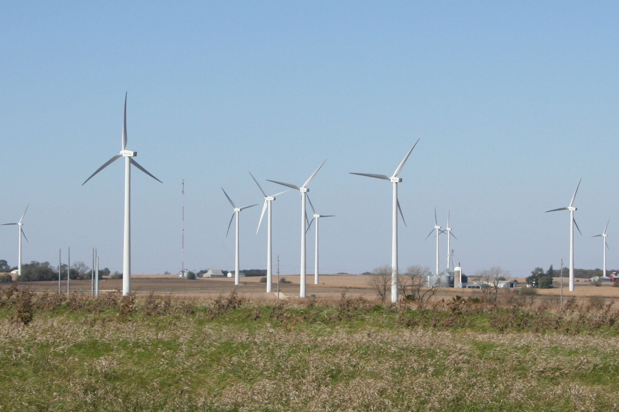 illinois_wind_farm_near_i-39_exit_82