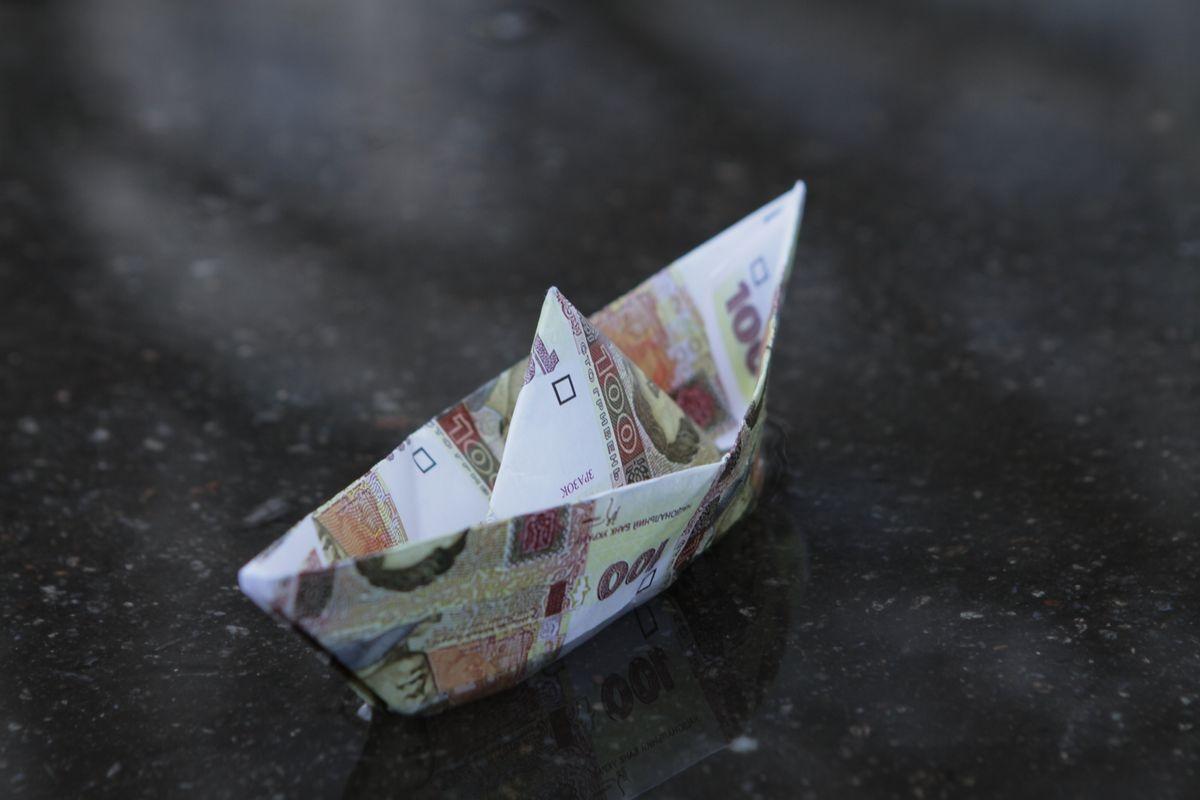 Украина без помощи МВФ: что будет с курсом, ценами и пенсиями, фото-1