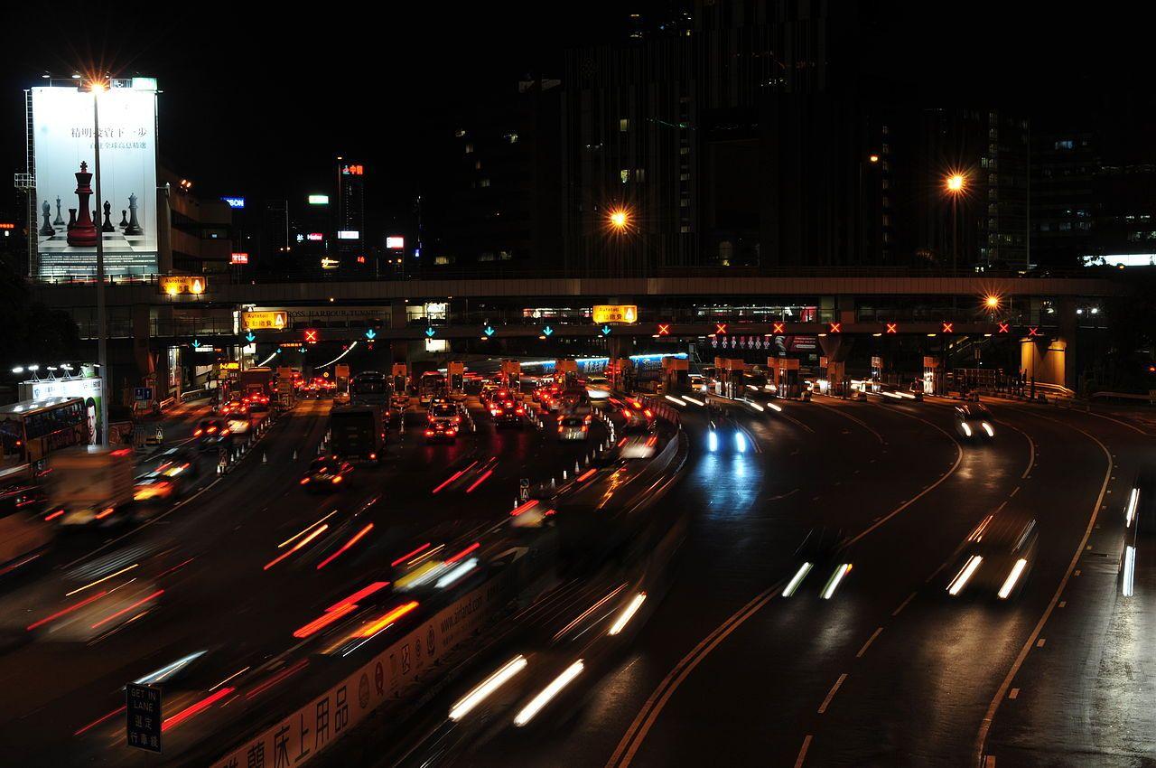 1280px-13-08-09-hongkong-by-ralfr-200