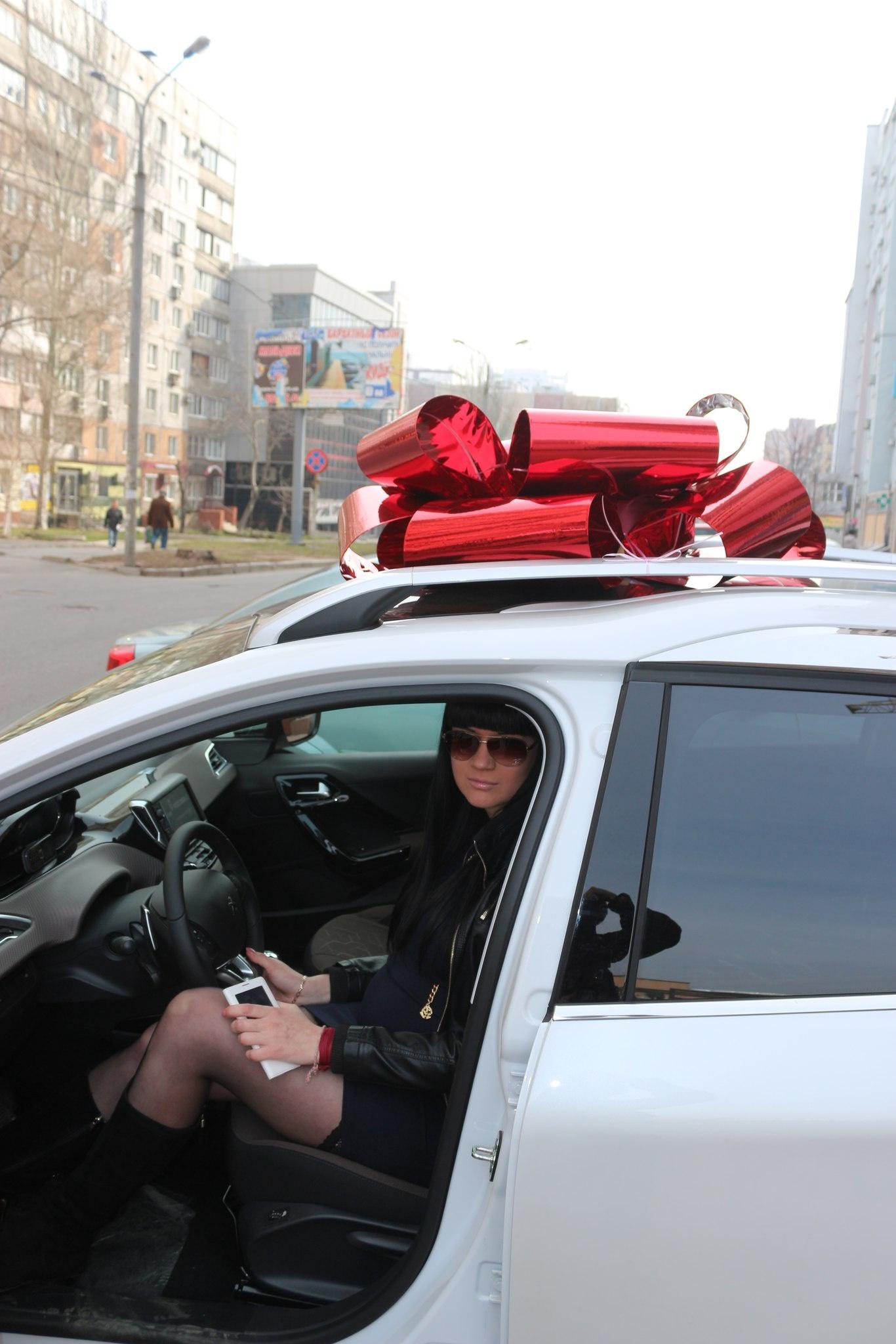 Как шикуют боевики в нищем Донецке (фото) - фото 2