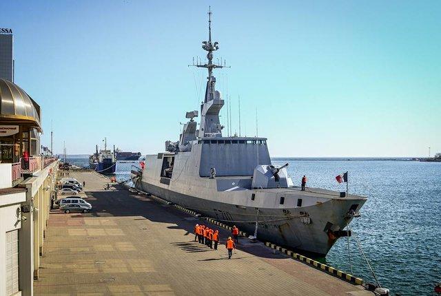ВОдессу зашел ракетный фрегат LaFayette