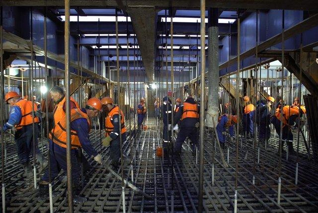 Строители начали бетонирование фарватерной опоры Керченского моста Подробн