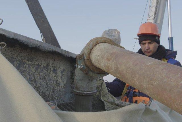 Строители начали бетонировать первую из 2-х основных опор Керченского моста