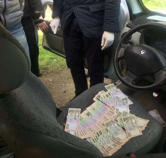 2-х депутатов словили навзятке вДнепропетровской области