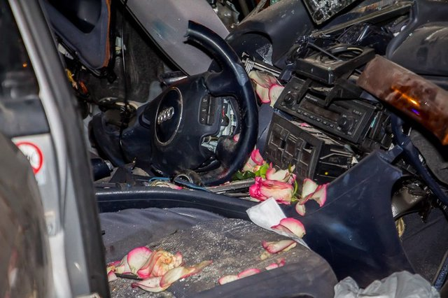 Ночное ДТП нанабережной Днепра: водителя вырезали изавто