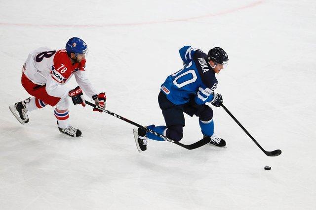 Сборная Чехии отыгралась сосчёта 0:3 и победила финнов побуллитам