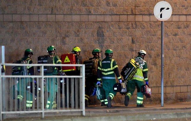 Милиция рассматривает взрыв на«Манчестер-Арене» как возможный теракт