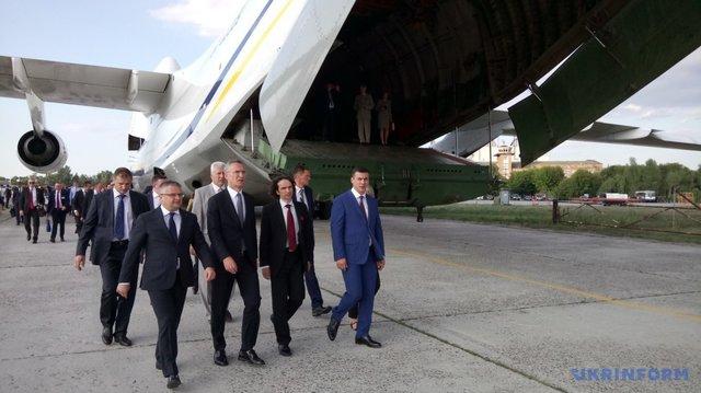 Генсек Альянса: НАТО продолжит практическую помощь Украине