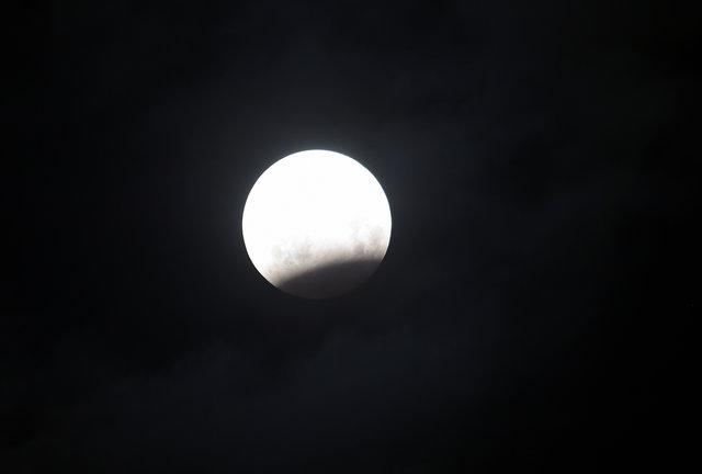 Жители Земли наблюдали за лунным затмением , фото-10