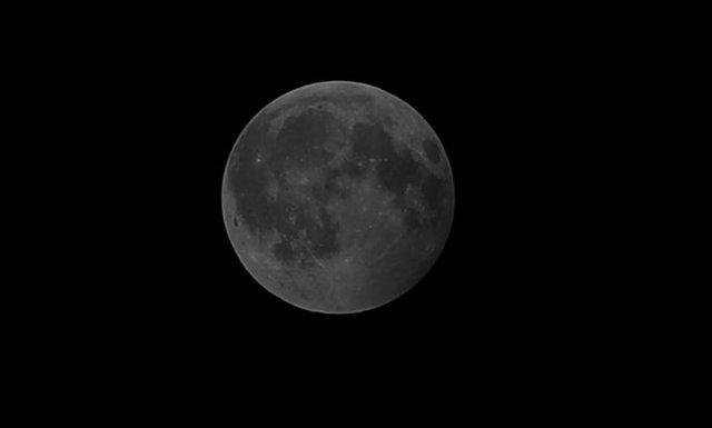 Жители Земли наблюдали за лунным затмением , фото-17