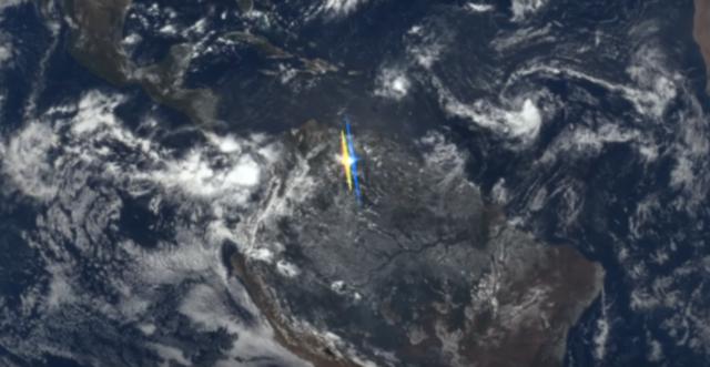 Недавно ученные зафиксировали странные вспышки желтого и синего цветов на поверхности Земли. Из космоса эти вспышки были похожи на флаг Украины. Фото: nasa.gov