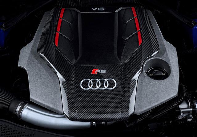 «Заряженный» универсал Ауди RS4 появится в РФ впервом квартале 2018 года