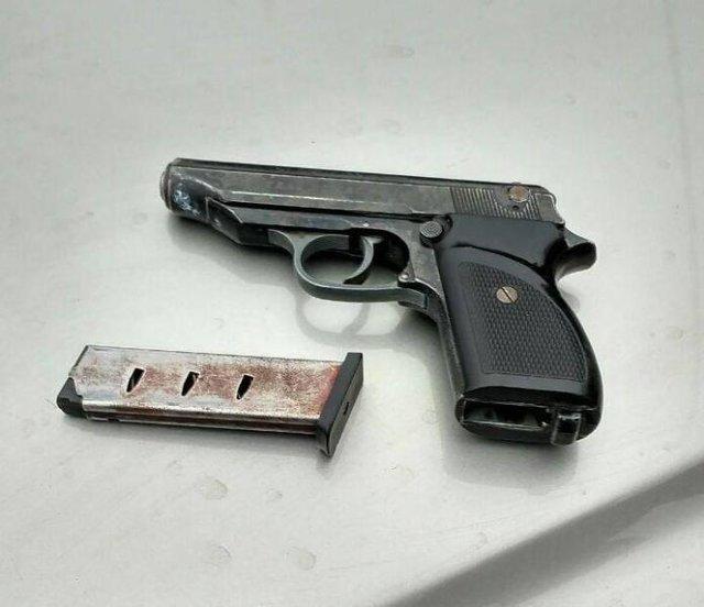 ВРивне 9-летний ребенок зарулем машины вез наркотики иоружие