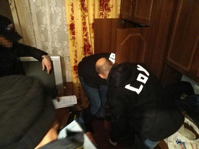 НаПолтавщине прежний идействующий работники милиции организовали сеть посбыту оружия