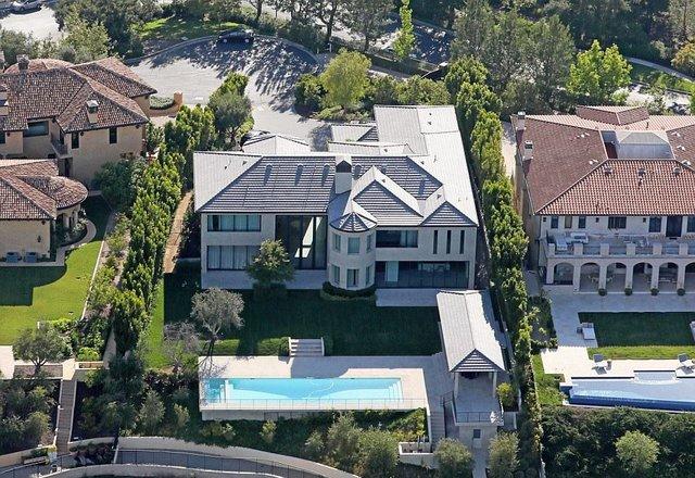 Украинка приобрела дом Ким Кардашьян за $17,8 млн