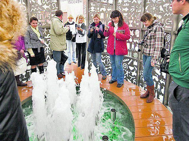 Фонтан Диониса. Ждет в центре культуры виноделия. Фото: silena-tour.com.ua