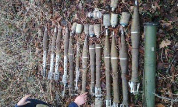 НаДонбассе найден тайник сроссийскими боеприпасами