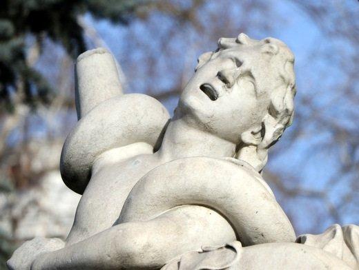 ВОдессе вандалы повредили копию древнегреческой скульптуры