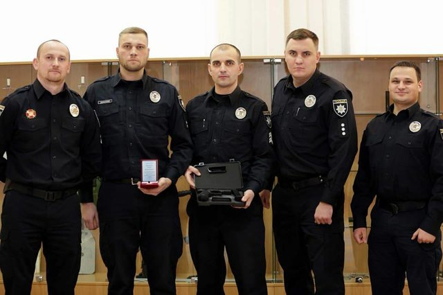 Одесским патрульным вручили награды отМВД Украины