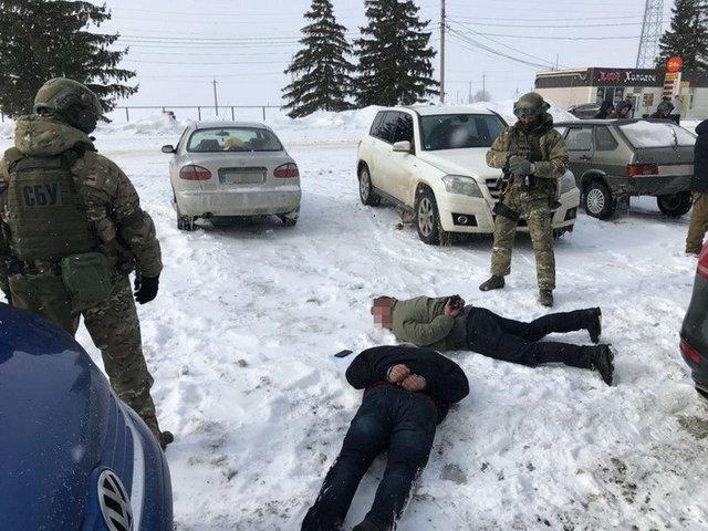 ВДнепре СБУ задержала навзятке депутата таможенной службы