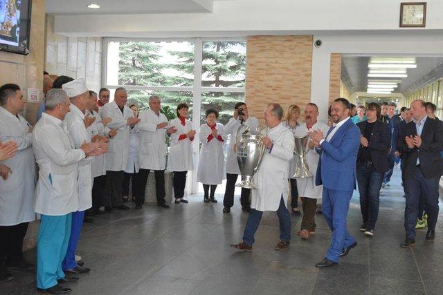 Основного тренера «Локомотива» Семина пригласили встолицу страны Украина нафиналЛЧ