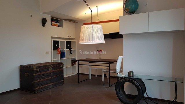 Однокомнатная квартира в Риме за 960 долл.