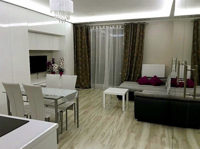 Однокомнатная квартира в Варшаве за 560 долларов.
