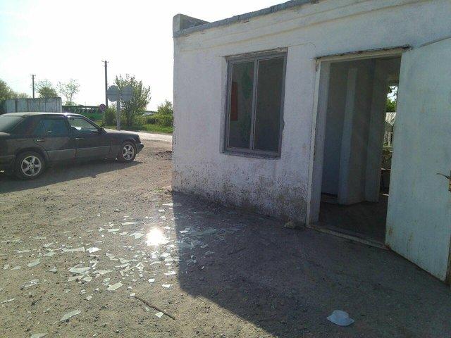 Бойовики наДонбасі обстріляли КПВВ «Гнутове», наякому перебувало багато цивільних