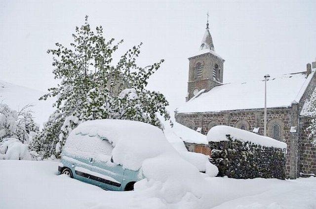 Фотофакт: Юг Франции накрыл сильный снегопад