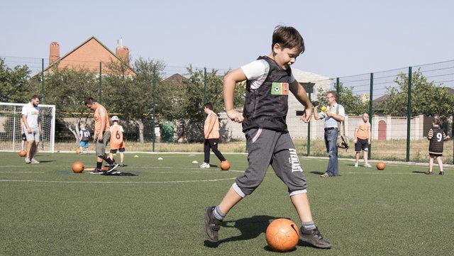 """Для детей с ограниченными возможностями """"Шахтер"""" организовал тренировки , фото-9"""