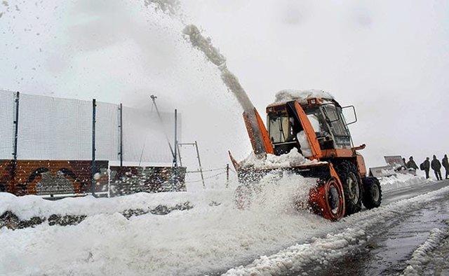 сніг індія