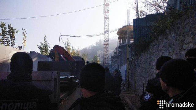 Три взрыва прогремело наАндреевском спуске вКиеве