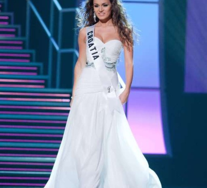Miss Croatia 2010 Lana Obad appears on stage during a preliminary event of the 2010 Miss Universe Competition in Las Vegas, Nevada on Thursday, August 19, 2010. The Miss Universe 2010 competition will air live on the NBC Television Network at 9 PM ET, August 23, 2010.     AFP PHOTO / Miss Universe Organization LP, LLLP   == RESTRICTED TO EDITORIAL USE / NO SALES / NO MARKETING / NO ADVERTISING ==