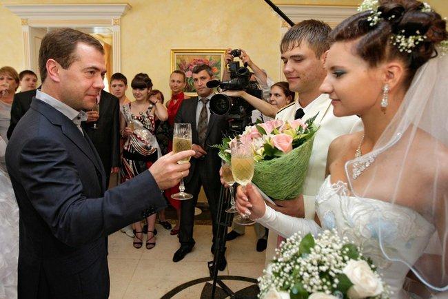 Поздравление на свадьбу медведев