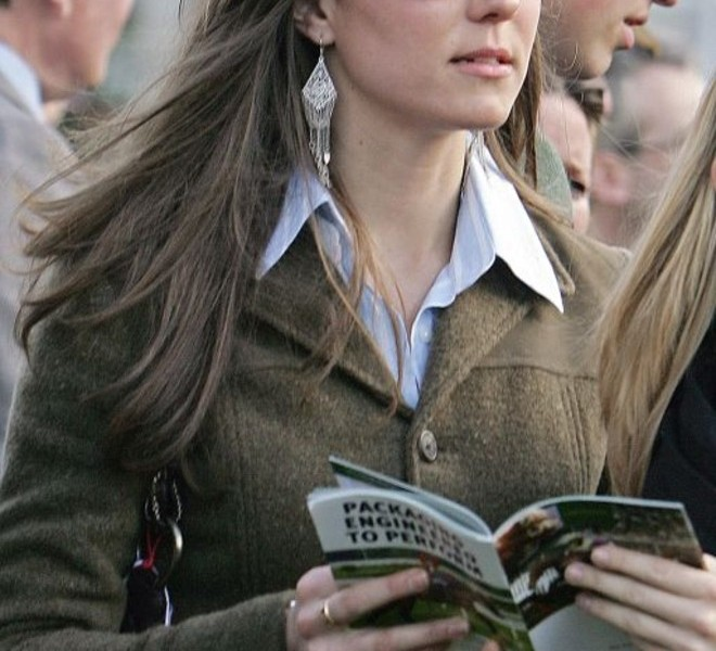 (FILES) A file photo taken on March 13, 2007, shows Kate Middleton, girlfriend of Britain's Prince William, on the first day of the Cheltenham Race Festival in Gloucestershire. Prince William, the second in line to the throne, will marry his long-term girlfriend Kate Middleton next year, Clarence House said Tuesday November 16, 2010. William, 28, the eldest son of heir to the throne Prince Charles and the late Princess Diana, and Middleton, also 28, became engaged in October while on holiday in Kenya, it said in a statement. AFP PHOTO/CARL DE SOUZA/FILES