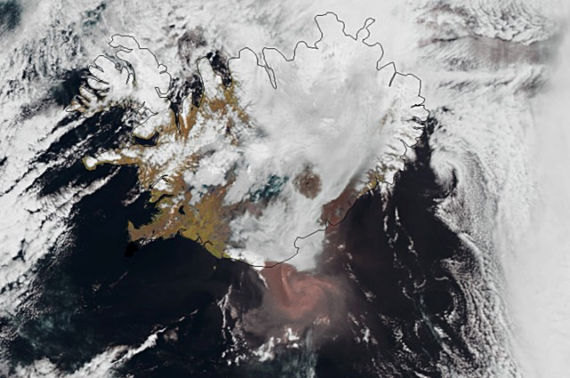 "Lightning is seen through a cloud of smoke and ash pouring out of the erupting Grimsvoetn volcano in Grmsvoetn, Iceland, on May 22, 2011. Safety experts warned that ash from an erupting Icelandic volcano that closed the country's airspace may blow across large swathes of western Europe, raising fears of new flight chaos. Air safety officials said ash from the Grimsvoetn eruption may reach north Scotland by May 24 before sweeping across Britain to hit France and Spain two days later.  AFP PHOTO / RAGNAR AXELSSON   ***ICELAND OUT*** , EDITORS NOTE -- RESTRICTED TO EDITORIAL USE - MANDATORY CREDIT ""AFP PHOTO / NASA MODIS"" - NO MARKETING NO ADVERTISING CAMPAIGNS - DISTRIBUTED AS A SERVICE TO CLIENTS An image released by the NASA Modis on May 22, 2011 shows smoke billowing from the Grimsvoetn, Iceland's most active volcano. Authorities shut Iceland's airspace Sunday after the country's most active volcano began spewing ash cloud 20 kilometers into the sky, raising fears of a repeat of last year's flights chaos. While experts said the impact of the Grimsvoetn eruption should not be as far-reaching as the 2010 crisis, ash deposits were being sprinkled over the capital Reykjavik some 400 kilometres (250 miles) to the west.  AFP PHOTO / NASA MODIS , A cloud of smoke and ash is seen over the Grimsvoetn volcano on Iceland on May 21, 2011. The cloud rising up from Grimsvoetn as a result of the eruption was seen first time around 1900 GMT and in less than an hour it had reached an altitude of 11 kilometres (6.8 miles),"" according to the Icellandic meterological institute. AFP PHOTO , US President Barack Obama and First Lady Michelle Obama (C) board Air Force One at the airport in Dublin on May 23, 2011 en route to London. Obama was forced to leave Ireland a day ahead of schedule May 23 to fly to London as a cloud of ash from an Icelandic volcano drifted towards Britain. AFP PHOTO / JEWEL SAMAD , EDITORS NOTE -- RESTRICTED TO EDITORIAL USE - MANDATORY CREDIT ""AFP PHOTO / EUMETSAT/METOP"" - NO MARKETING NO ADVERTISING CAMPAIGNS - DISTRIBUTED AS A SERVICE TO CLIENTS An image released by the Eumetsat on May 23, 2011 and taken by AVHRR Instrument on Metop-A on May 22 shows the ash cloud (reddish colour) billowing from the Grimsvoetn, Iceland's most active volcano. Authorities shut Iceland's airspace Sunday after the country's most active volcano began spewing ash cloud 20 kilometers into the sky, raising fears of a repeat of last year's flights chaos. While experts said the impact of the Grimsvoetn eruption should not be as far-reaching as the 2010 crisis, ash deposits were being sprinkled over the capital Reykjavik some 400 kilometres (250 miles) to the west.  AFP PHOTO / EUMETSAT / METOP"