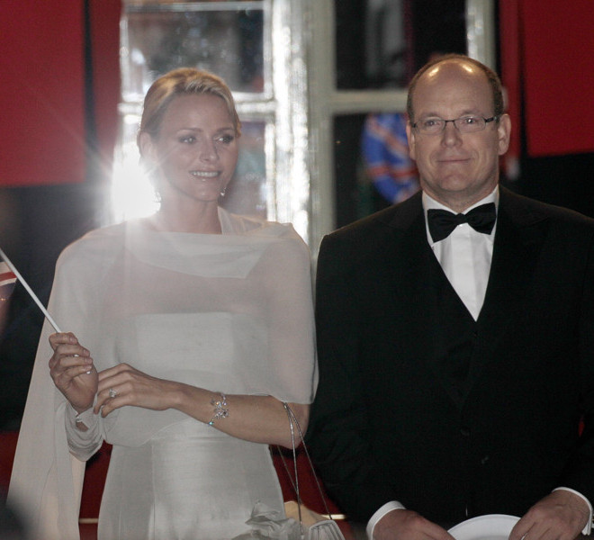 LONDON, ENGLAND - APRIL 28:  Prince Albert II of Monaco (R) and fiancee Charlene Wittstock (L) leave a gala pre-wedding dinner held at the Mandarin Oriental Hyde Park on April 28, 2011 in London, England.  (Photo by Matthew Lloyd/Getty Images)