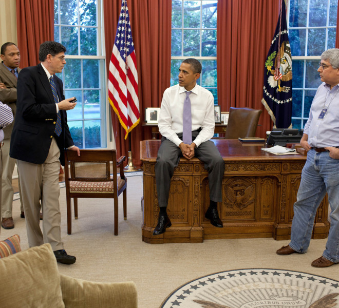 President Barack Obama talks with senior advisors in the Oval Office to discuss ongoing efforts in the debt limit and deficit reduction talks, July 31, 2011. Pictured, from left, are: Vice President Joe Biden; Rob Nabors, Assistant to the President for Legislative Affairs; OMB Director Jack Lew; Pete Rouse, Counselor to the President; and Senior Advisor Valerie Jarrett. (Official White House Photo by Pete Souza)