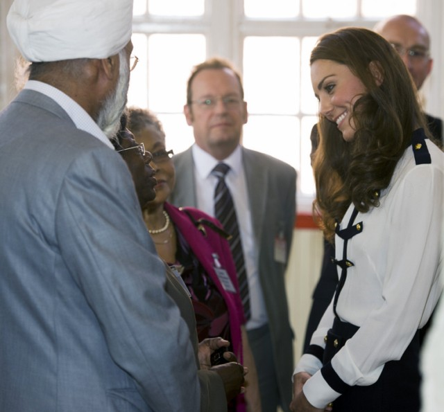 BIRMINGHAM, ENGLAND - AUGUST 19:  Catherine, Duchess of Cambridge visits the Summerfield Community Centre, on August 19, 2011 in Birmingham, England. The centre is at the heart of the Winson Green Community which was very badly affected by the riots last week. (Photo by Geoff Pugh - WPA Pool/Getty Images), BIRMINGHAM, ENGLAND - AUGUST 19:  Prince William, Duke of Cambridge and Catherine, Duchess of Cambridge leave the Machan Express Coffee bar in the centre of Birmingham which was ransacked during the recent riots, on August 19, 2011 in Birmingham, England.  (Photo by David Jones - WPA Pool/Getty Images), BIRMINGHAM, ENGLAND - AUGUST 19:  Catherine, Duchess of Cambridge arrives at the Machan Express Coffee bar in the centre of Birmingham which was ransacked during the recent riots, on August 19, 2011 in Birmingham, England.  (Photo by David Jones - WPA Pool/Getty Images), BIRMINGHAM, ENGLAND - AUGUST 19:  Prince William, Duke of Cambridge and Catherine, Duchess of Cambridge meet members of the Police Force as they arrive at Summerfield Community Centre, on August 19, 2011 in Birmingham, England. The centre is at the heart of the Winson Green Community which was very badly affected by the riots last week.  (Photo by Chris Jackson/Getty Images), BIRMINGHAM, ENGLAND - AUGUST 19:  Catherine, Duchess of Cambridge arrives at Summerfield Community Centre, on August 19, 2011 in Birmingham, England. The Centre is at the heart of the Winson Green Community which was very badly affected by the riots last week.  (Photo by Chris Jackson/Getty Images), BIRMINGHAM, ENGLAND - AUGUST 19:  Prince William, Duke of Cambridge and Catherine, Duchess of Cambridge arrive at Summerfield Community Centre, on August 19, 2011 in Birmingham, England. The centre is at the heart of the Winson Green Community which was very badly affected by the riots last week.  (Photo by Chris Jackson/Getty Images), BIRMINGHAM, ENGLAND - AUGUST 19:  Prince William, Duke of Cambridge and Catherine, Duchess of Cambridge visit the Summerfield Community Centre, on August 19, 2011 in Birmingham, England. The centre is at the heart of the Winson Green Community which was very badly affected by the riots last week. (Photo by Geoff Pugh - WPA Pool/Getty Images), BIRMINGHAM, ENGLAND - AUGUST 19:  Prince William, Duke of Cambridge and Catherine, Duchess of Cambridge visit the Summerfield Community Centre, on August 19, 2011 in Birmingham, England. The centre is at the heart of the Winson Green Community which was very badly affected by the riots last week. (Photo by Geoff Pugh - WPA Pool/Getty Images), BIRMINGHAM, ENGLAND - AUGUST 19:  Catherine, Duchess of Cambridge visits the Summerfield Community Centre, on August 19, 2011 in Birmingham, England. The centre is at the heart of the Winson Green Community which was very badly affected by the riots last week. (Photo by Geoff Pugh - WPA Pool/Getty Images), BIRMINGHAM, ENGLAND - AUGUST 19:  Catherine, Duchess of Cambridge visits the Summerfield Community Centre, on August 19, 2011 in Birmingham, England. The centre is at the heart of the Winson Green Community which was very badly affected by the riots last week. (Photo by Geoff Pugh - WPA Pool/Getty Images)