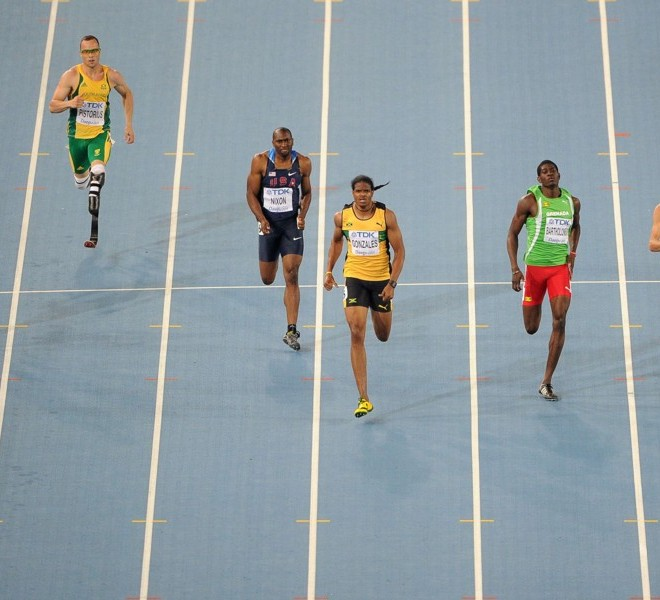 South Africa's Oscar Pistorius (2L) competes with Qatar's Femi Ogunode (L), US athlete Greg Nixon (3L), Jamaica's Jermaine Gonzales,Grenada's Rondell Bartholomew and Belgium's Jonathan Borlee in the men's 400 metres semi-finals at the International Association of Athletics Federations (IAAF) World Championships in Daegu on August 29, 2011.  AFP PHOTO / ANTONIN THUILLIER