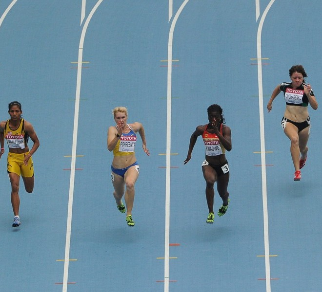 (L-R) France's Veronique Mang, Malaysia's Norjannah Hafiszah Jamalduin, Ukraine's Nataliya Pohrebnyak, Germany's Yasmin Kwadwo,  Vladislava Ovcharenko of Tajikistan and Jamaica's Veronica Campbell-Brown compete in the women's 100 metres heats at the International Association of Athletics Federations (IAAF) World Championships in Daegu on August 28, 2011.        AFP PHOTO / ANTONIN THUILLIER