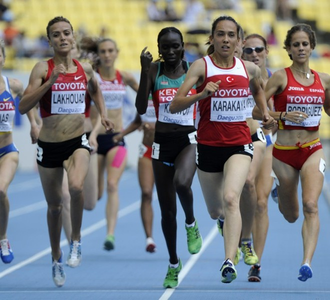 (L-R) Ukraine's Nataliya Tobias, Morocco's Btissam Lakhouad, Kenya's Viola Jelagat Kibiwot, Turkey's Tugba Karakaya and Spain's Natalia Rodriguez compete in the women's 1,500 metres heats at the International Association of Athletics Federations (IAAF) World Championships in Daegu on August 28, 2011. AFP PHOTO / OLIVIER MORIN