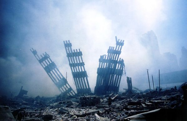 (FILES) This September 11, 2001 file photo shows the rubble of the World Trade Center smouldering following a terrorist attack in New York. September 11, 2011 will mark the tenth anniversary of the attacks in which nearly 3,000 people were killed, 2,753 at the World Trade Center and the others in attacks on the Pentagon and in a hijacked plane that crashed in Pennsylvania. AFP PHOTO/Alexandre Fuchs / FILES