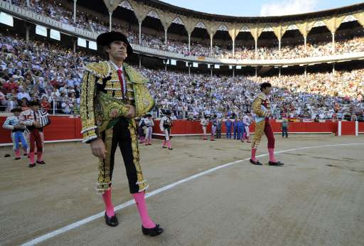 Spanish bullfighter Jose Tomas walks on September 25, 2011 in Barcelona's Monumental arena for the last time before a ban against the centuries-old blood sport comes into effect in Spain's northeastern Catalonia region. AFP PHOTO/ LLUIS GENE