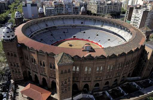 A general view of the 'La Monumental' bullfighting arena in Barcelona, on September 25, 2011. Top matadors will perform in Barcelona's Monumental arena for the last time on Sunday before a ban against the centuries-old blood sport comes into effect in Spain's northeastern Catalonia region.  AFP PHOTO / JOSEP LAGO