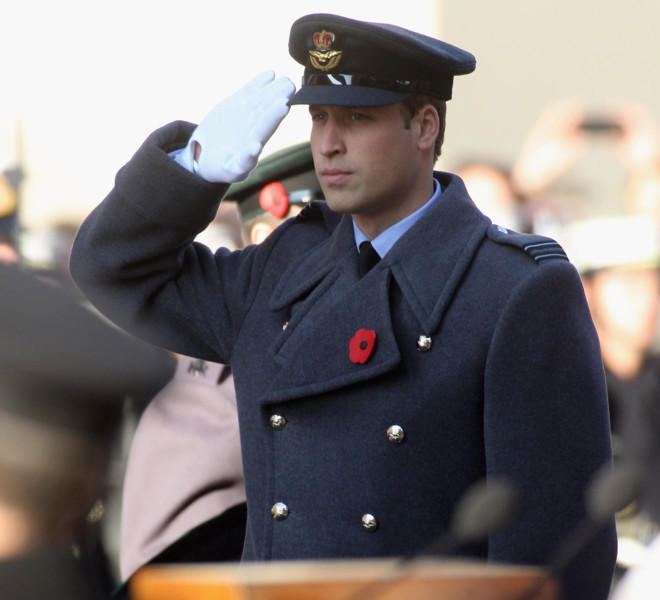 LONDON, UNITED KINGDOM - NOVEMBER 13: Prince William, Duke of Cambridge attends the Remembrance Day Ceremony at the Cenotaph on November 13, 2011 in London, United Kingdom.  Politicians and Royalty joined the rest of the county in honouring the war dead by gathering at the iconic memorial to lay wreaths and observe two minutes silence. (Photo by Danny Martindale/Getty Images)