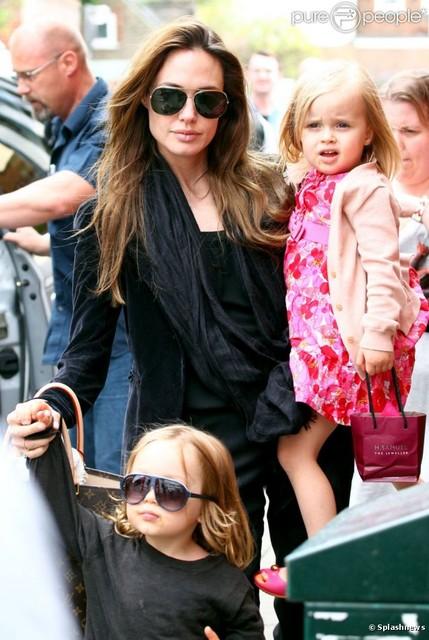 Дочка Анджелины Джоли – маленькая киноактриса рекомендации