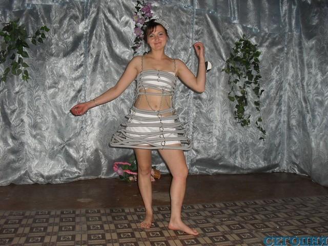 Платье из обоев своими руками на конкурс для девочки